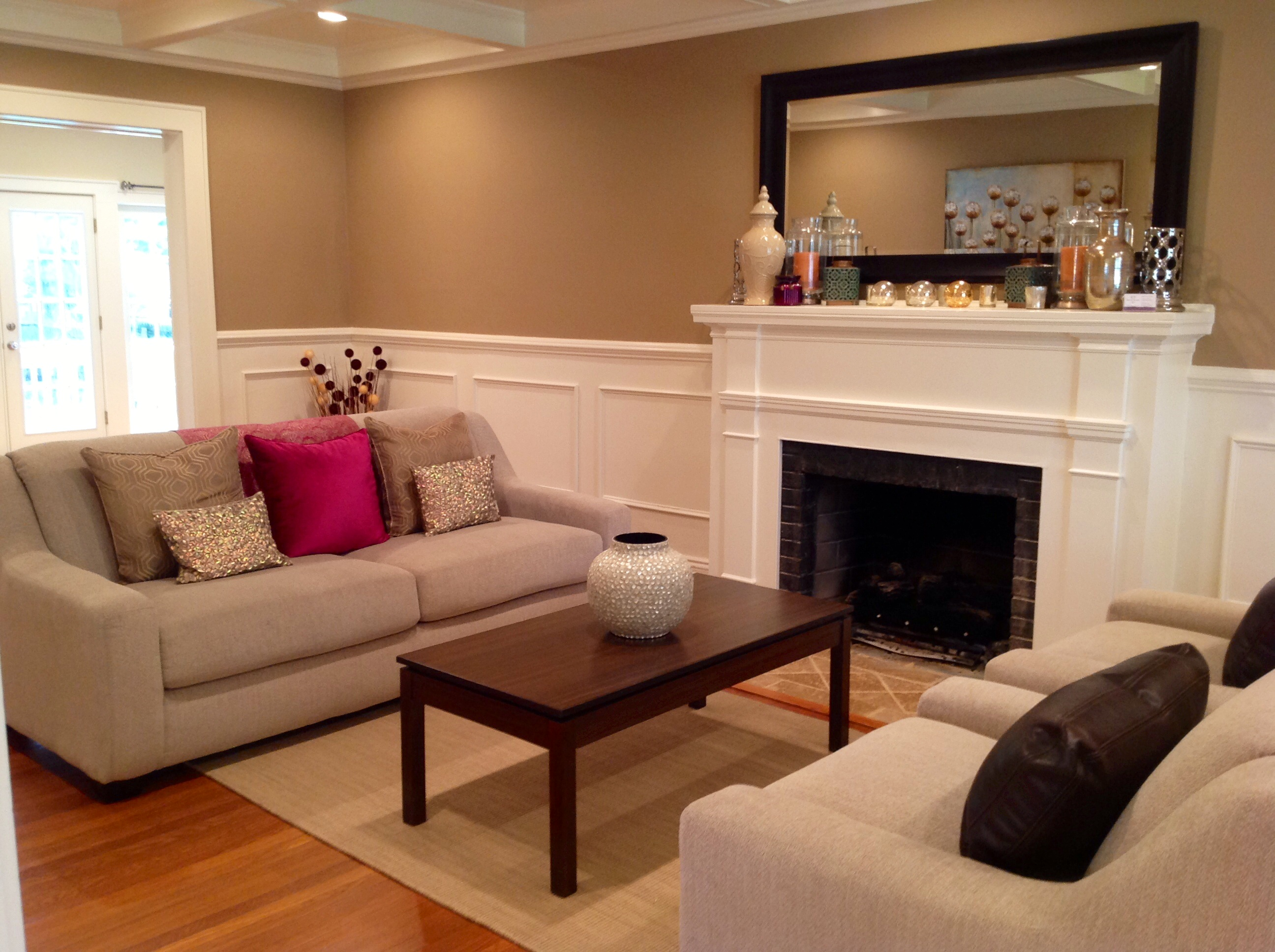 Home staging a real estate agent s best friend kt for Kt interior designs